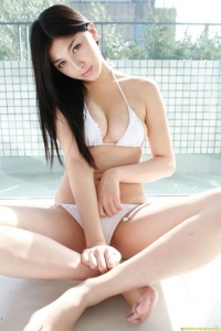 Thân hình gợi cảm của diễn viên Saori Hara - 1 trong 50 ngôi sao đình đám của Châu Á mọi thời đại