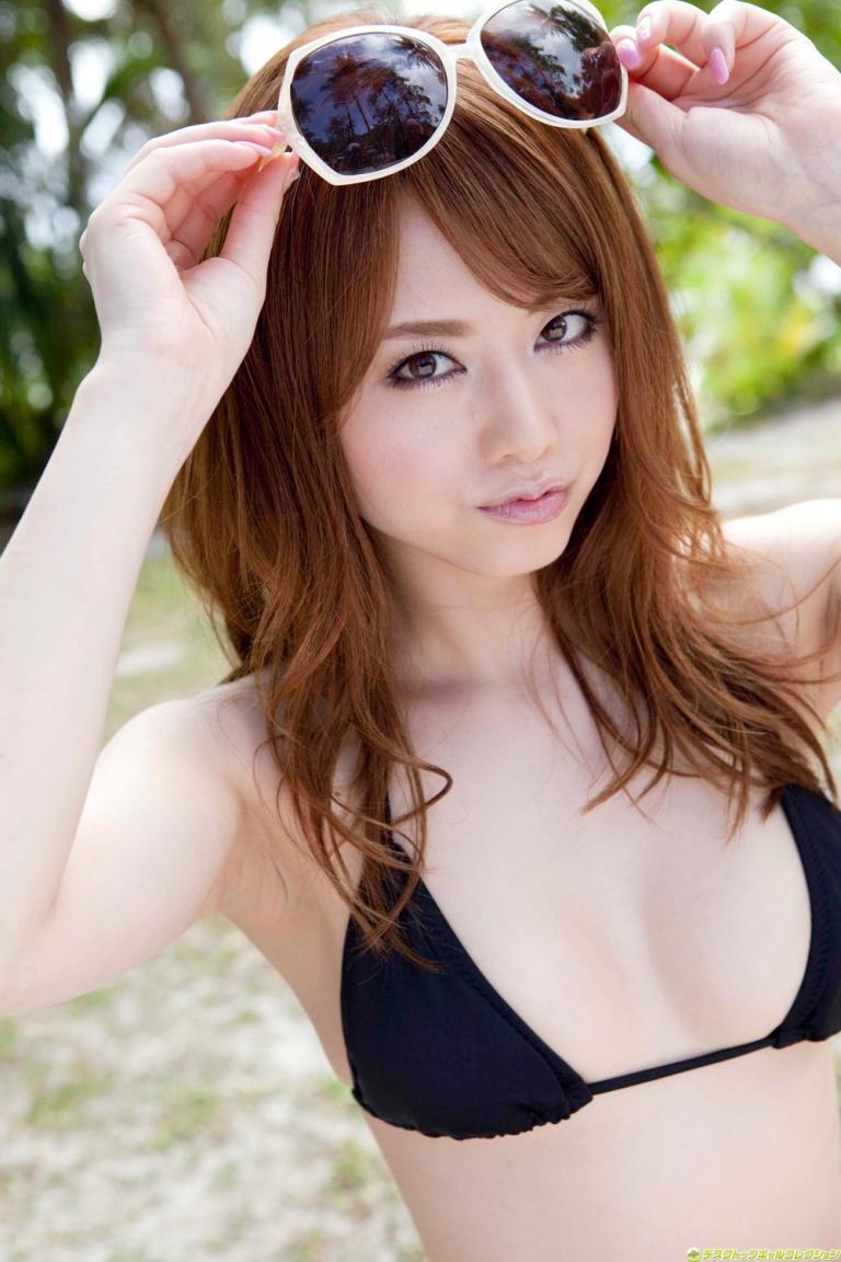 Yoshizawa Akiho là gương mặt đại diện cho nhiều Game nổi tiếng