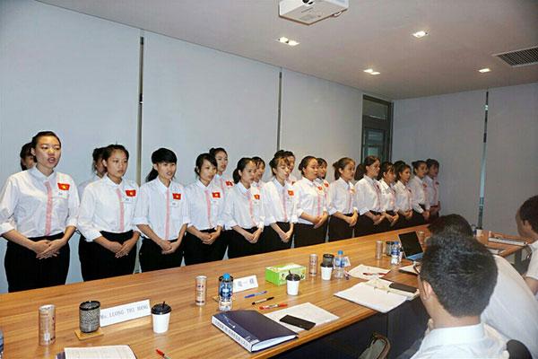 Thi tuyển đơn hàng trực tiếp với chủ xí nghiệp Nhật Bản
