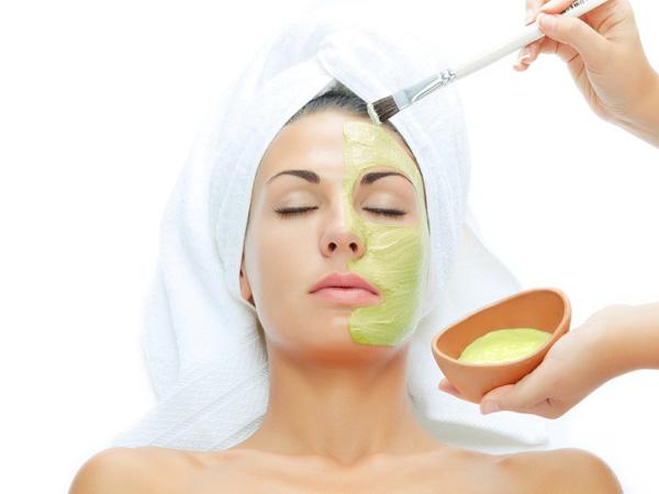 Công dụng của nha đam tuyệt vời trong việc chăm sóc da sản phẩm dưỡng da bằng nha đam
